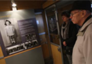 holocaust-remembrance-train-med_medium