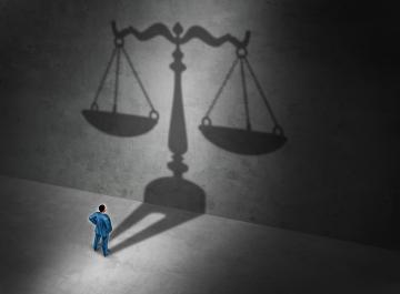 Permettre aux victimes d'accéder à la justice pour que leurs droits fondamentaux soient aussi respectés