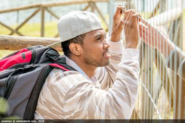 Tighter laws continue to hit migrants across the EU