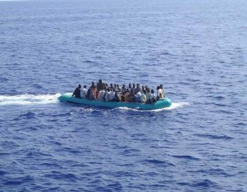 Arrival of immigrants in the sea of Lampedusa