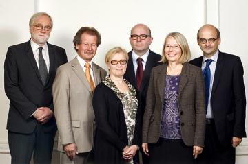Maija Sakslin (3rd left) is the new Chairperson and Manfred Nowak (2nd left) Vice-Chairperson of the Management Board