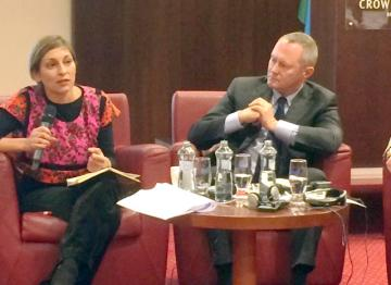 FRA Director meets Lívia Járóka at conference on empowering Roma youth