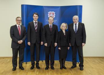 At the Ministry of Interior. f.l.t.r: Friso Roscam Abbing, Elvinas Jankevičius, Morten Kjaerum, Monika Laurinaviciute-Kocmann, Dailis Alfonsas Barakauskas