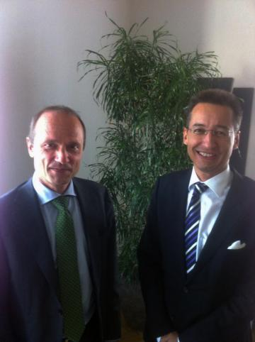 FRA's Director Morten Kjærum and the Vice-President of the Council of Europe's European Commission for the Efficiency of Justice Georg Stawa