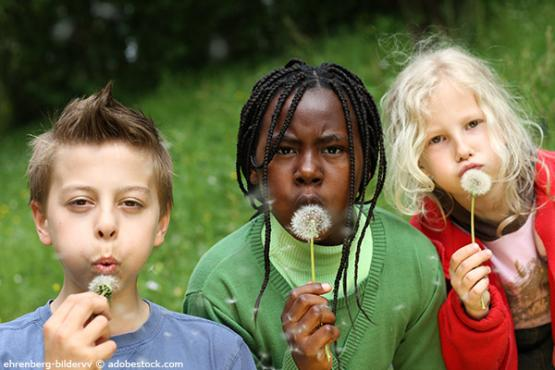 Libérer les enfants de la pauvreté pour garantir leurs droits