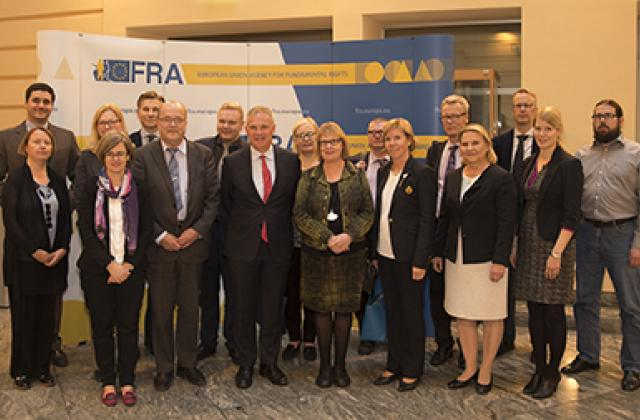 Finnish parliamentary Constitutional Law Committee visits FRA