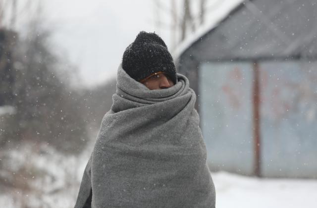 Icy conditions threaten migrants' health