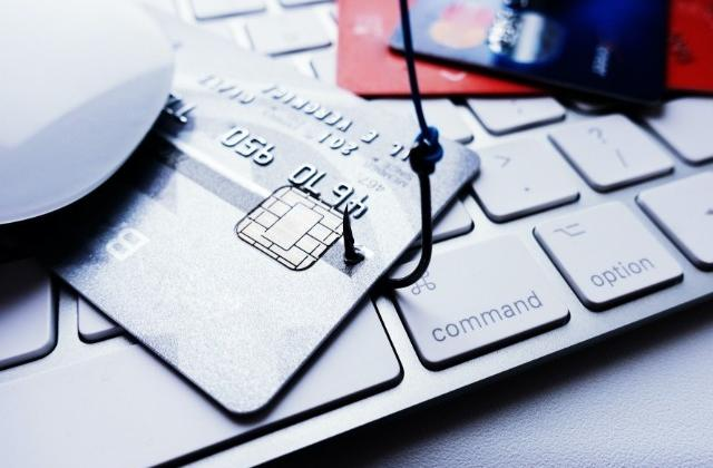 Security and crimes: Europeans worry about online banking fraud, data misuse and terrorist attacks