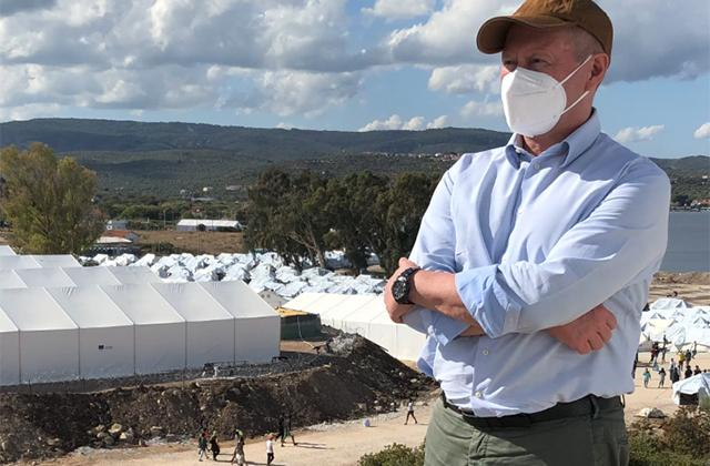 FRA Director Michael O'Flaherty visits temporary camp at Mavrovouni, Lesbos